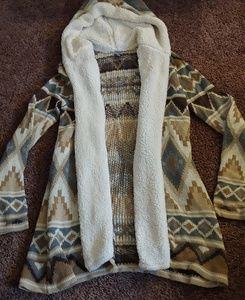 Charlotte russe soft&cozy Aztec print hooded cardi